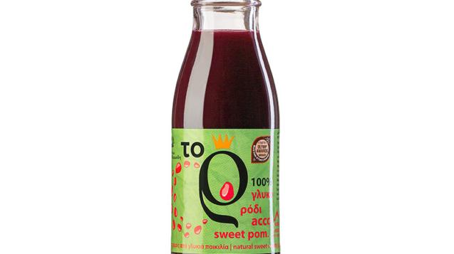 Φυσικός χυμός ρόδι από τη γλυκιά ποικιλία acco